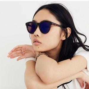MADEWELL: Halliday Sunglasses - Raisin Tort - USED
